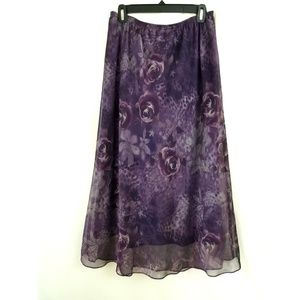R & M Richards Size 16 Purple Maxi Skirt Floral